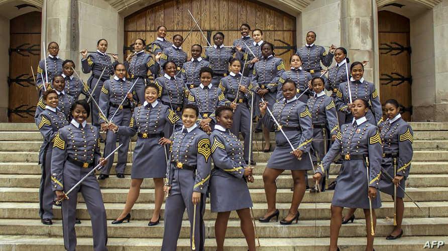 صورة للخريجات من أصول إفريقية في الأكاديمية العسكرية الأميركية في وست بوينت