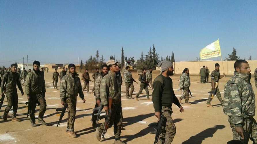 مقاتلون من قوات سورية الديموقراطية ( من صفحة القوات على فيسبوك)