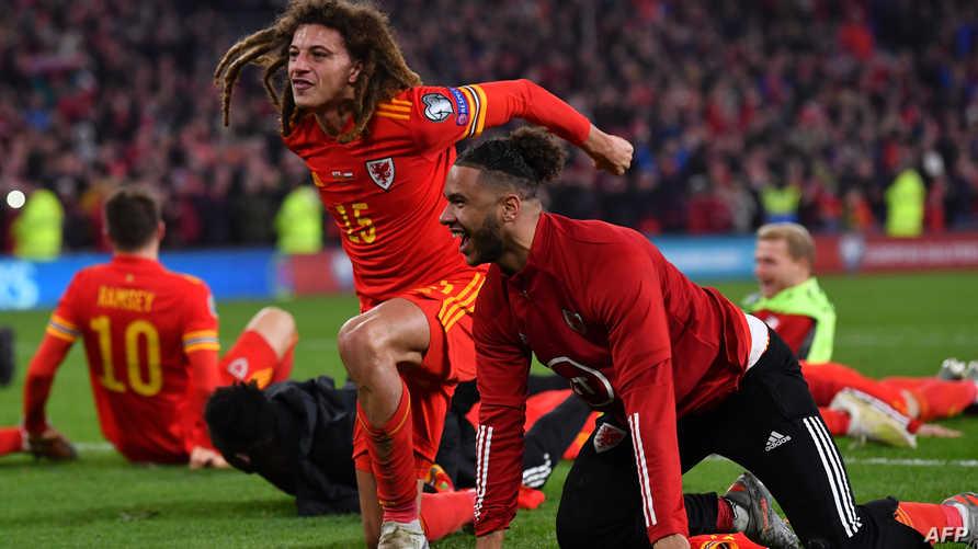 """لاعبو ويلز يحتفلون بالتأهل إلى  منافسة """"يورو 2020"""""""