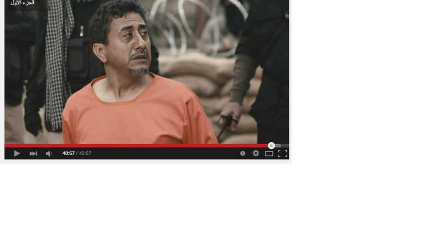 ناصر القصبي يتحدى داعش في سيلفي