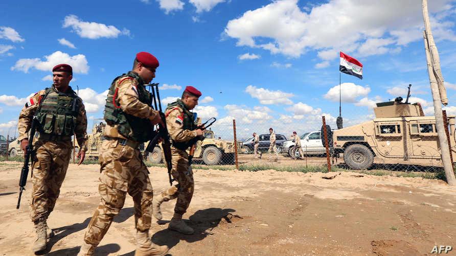 جنود عراقيون في مخمور  القريبة من الموصل