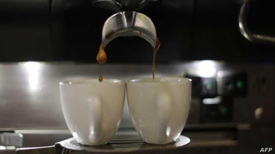 آلة عمل القهوة