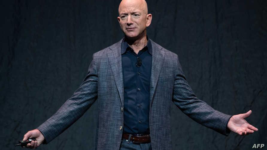 الملياردير الأميركي والمدير التنفيذي لشركة أمازون جيف بيزوس