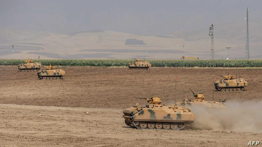 قوات تركية تجري تدريبات قرب الحدود مع العراق