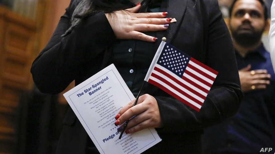جانب من الاحتفال بمنح الجنسية الأميركية
