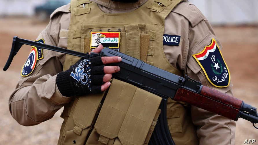 شرطي عراقي في الموصل- أرشيف