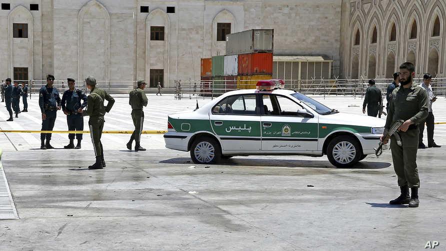 عناصر في الشرطة الإيرانية - أرشيف