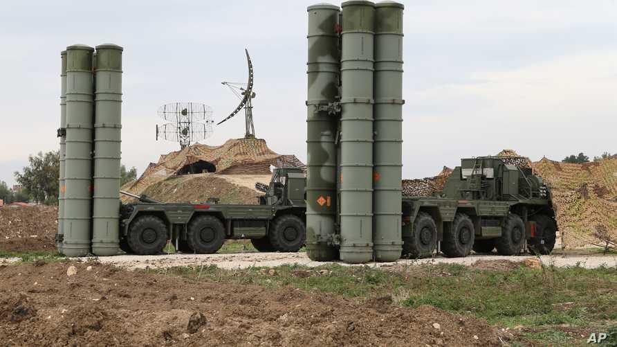 منظومة الدفاع الروسية S-400
