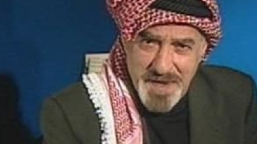 """الفنان الأردني الراحل نبيل المشيني المعروف بشخصية """"أبو عواد"""""""
