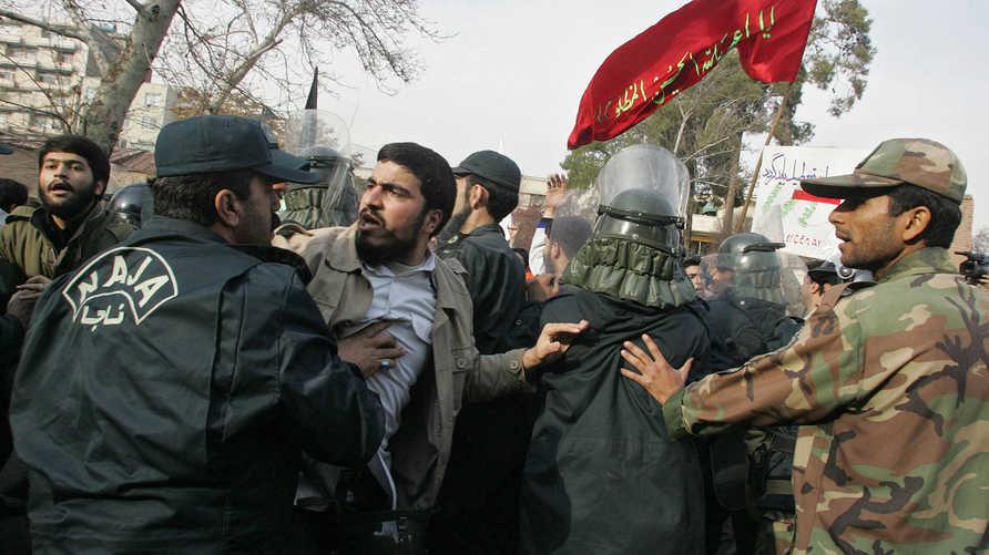 اعتقالات سابقة في إيران-أرشيف