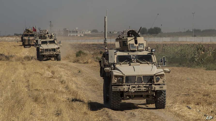 قوات أميركية وتركية في المنطقة الآمنة في شمال سوريا في 24 سبتمبر 2019