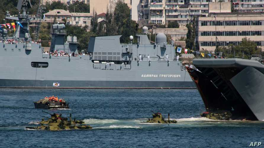 قطع حربية روسية في القرم