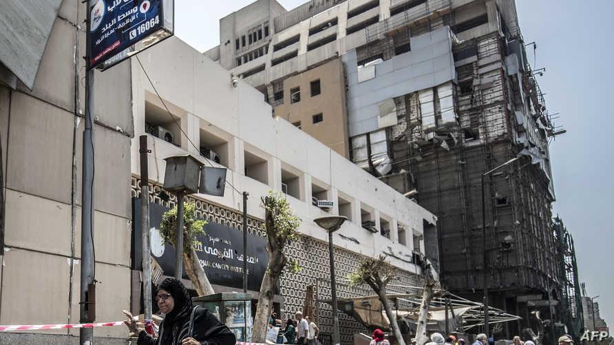 مشهد لمبنى معهد الأورام في العاصمة المصرية القاهرة بعد وقوذع انفجار في 5 أغسطس 2019