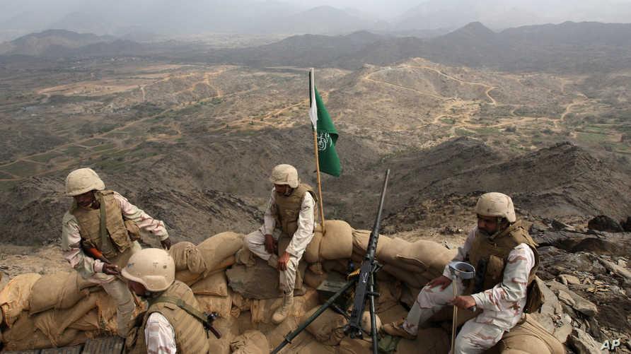 جنود سعوديون قرب الحدود مع اليمن