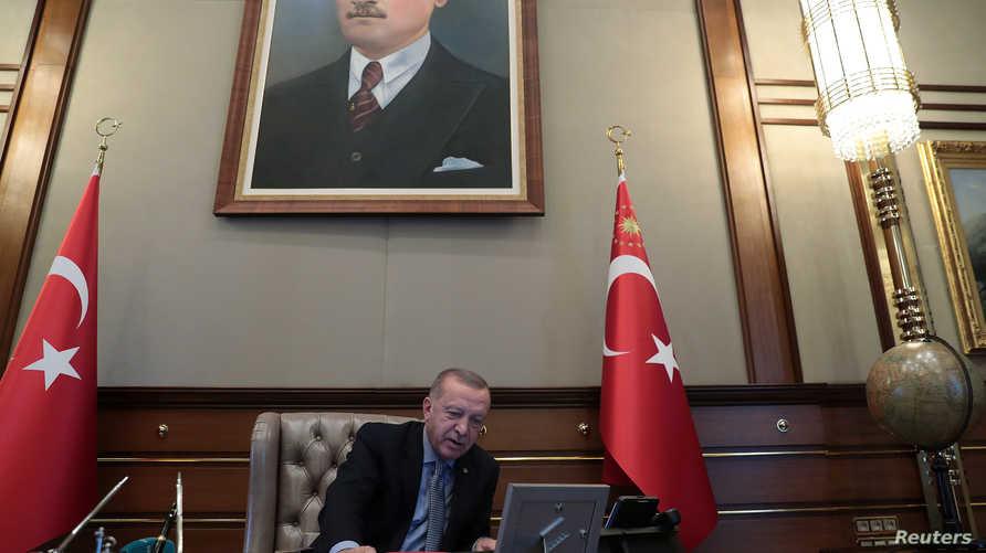 أردوغان خلال إعلان بدء العملية العسكرية