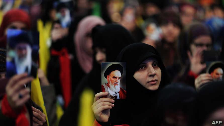 """مؤيدون لـ""""حزب الله"""" يحيون الذكرى الـ 40 للثورة الإسلامية في إيران"""