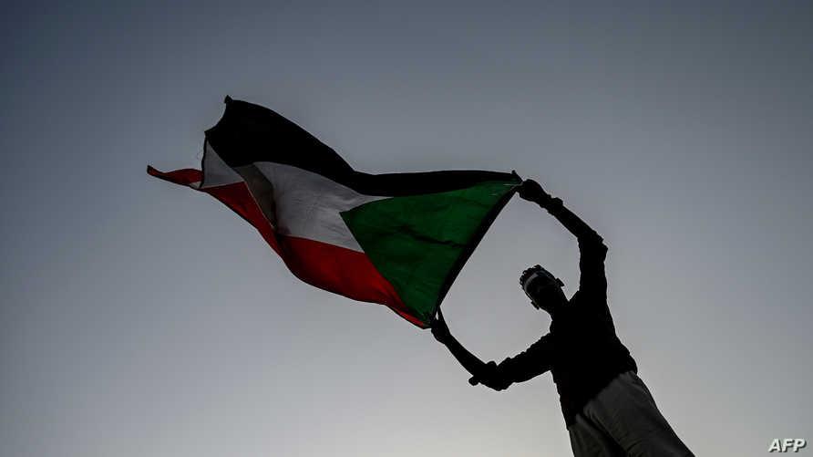 صراع الأخوة الأعداء، يحتدم في السودان اليوم وعليه