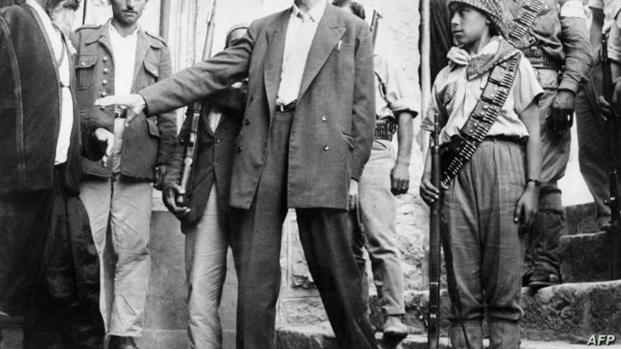 كمال جنبلاط في صورة تعود لعام 1958
