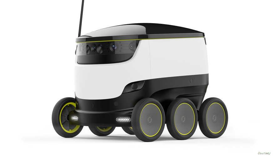 نموذج من روبوتات توزيع البريد
