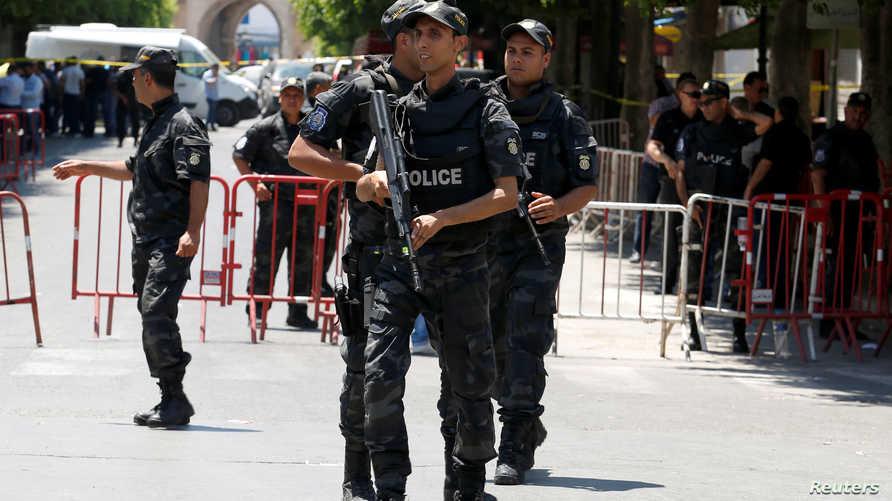 الشرطة تطوق محيط أحد التفجيرين في العاصمة التونسية