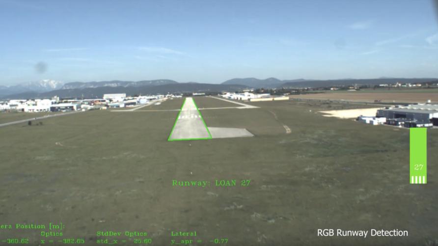 لقطة من مقطع تجربة نظام الهبوط الآلي المستقل