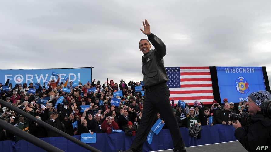 أوباما أثناء مهرجان انتخابي