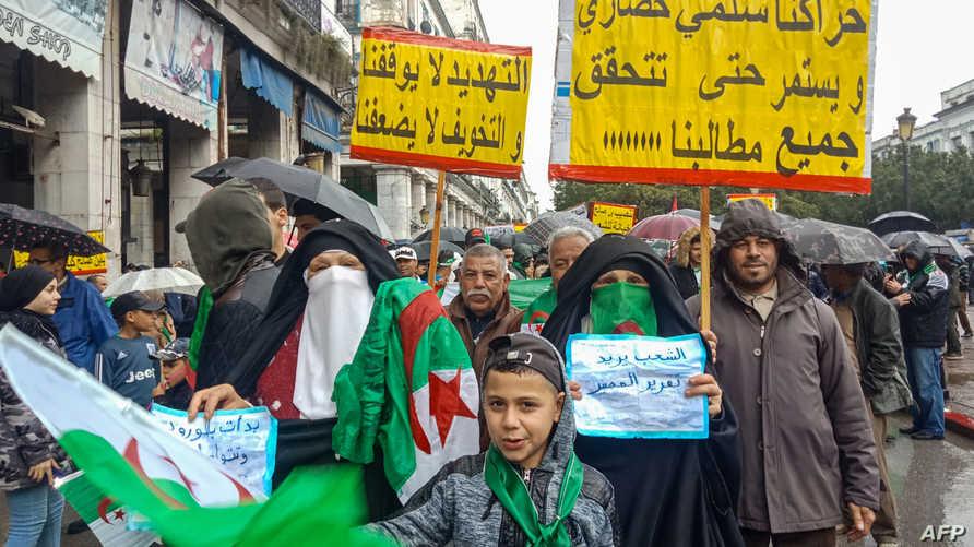 تأكيد على سلمية حراك الجزائر