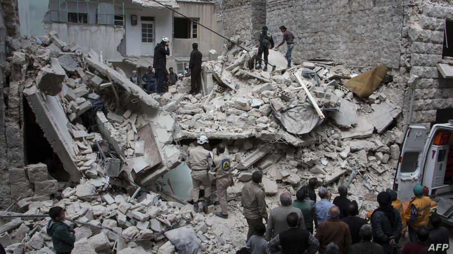 مخلفات غارات جوية قرب حلب -أرشيف