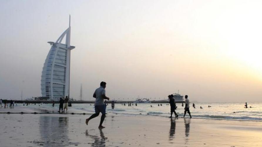 صورة لأحد الشواطئ في إمارة دبي
