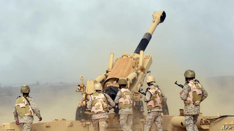 جنود سعوديون في منطقة على الحدود مع اليمن