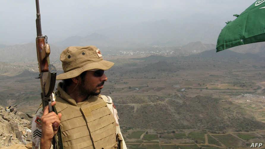 جندي سعودي على الحدود اليمنية