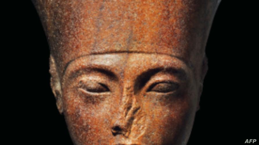 رأس الملك توت عنخ آمون