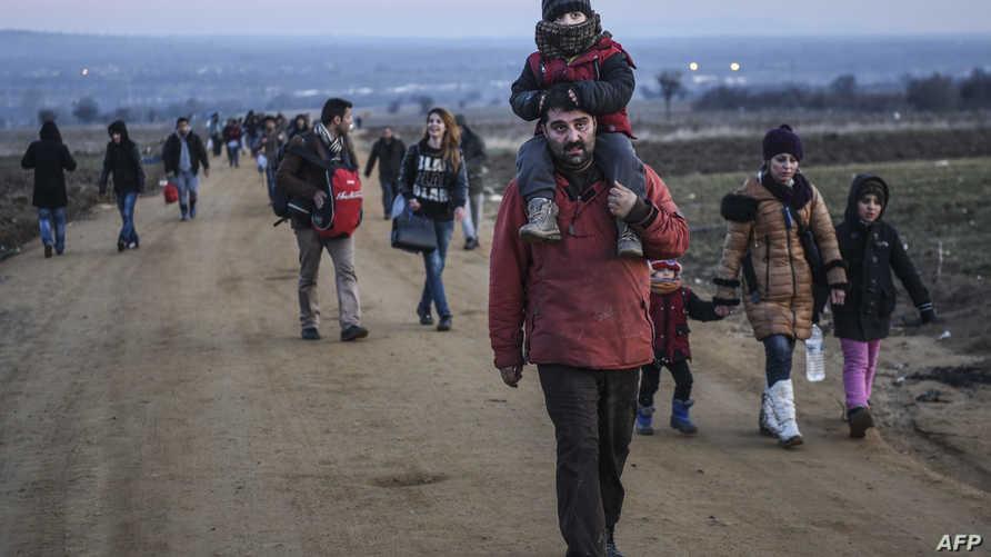 لاجئون في مقدونيا يسعون للوصول إلى أوروبا الغربية-أرشيف
