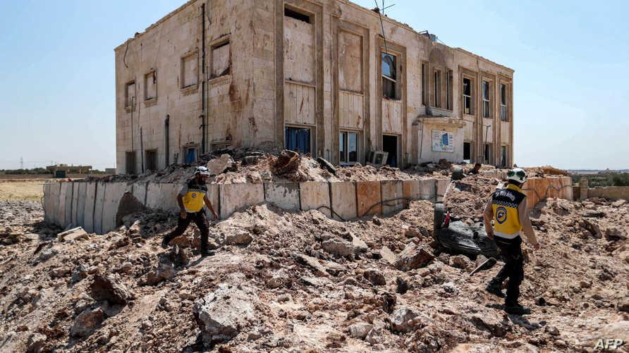 البحث عن ناجين في إدلب بعد غارة روسية