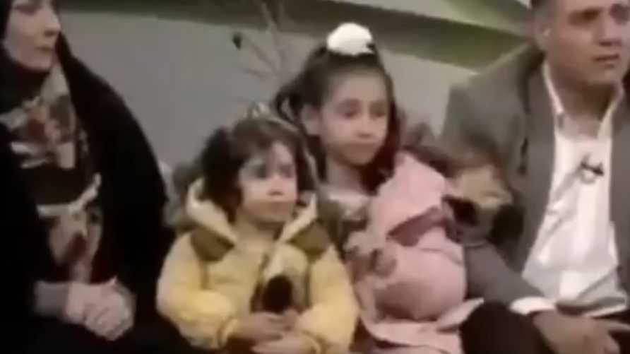 الزوجان الإيرانيان خلال مقابلة مع التلفزيون الرسمي