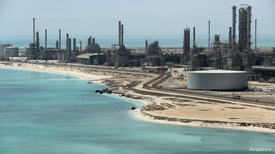 ميناء رأس تنورة النفطي في السعودية