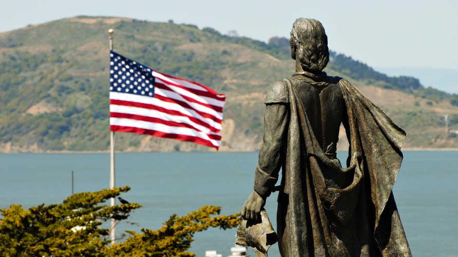 تمثال كريستوفر كولومبوس