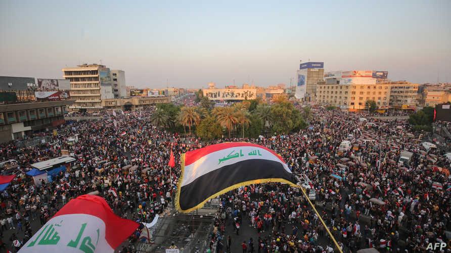 خرج آلاف العراقيين للشوارع منذ الأول من أكتوبر للطالبة باسقاط الحكومة والحد من النفوذ الإيراني