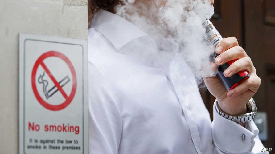 """إدارة الغذاء والدواء الأميركية تحذر شركة""""جول"""" بسبب لانتهاكها سياسات الإعلان لمنتجات السجائر"""