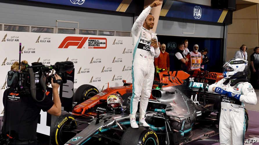 البريطاني لويس هاميلتون يفوز بالمركز الأول في مسابقة البحرين للفومولا وان