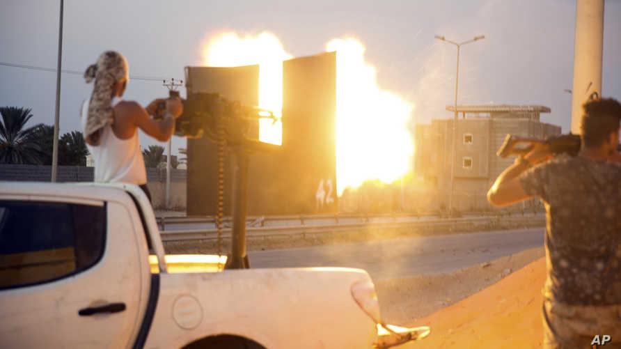 قوات مدعومة من الحكومة الليبية في اشتباكات جنوب طرابلس