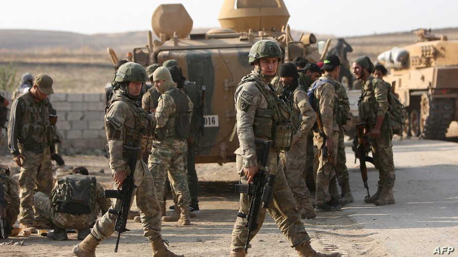 قوات تركية وسورية موالية لتركيا في رأس العين - 28 أكتوبر 2019