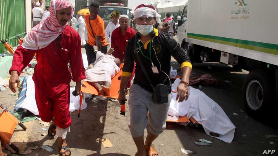 أدى تدافع للحجاج في منى بمكة صباح الخميس، إلى مقتل 769 من الحجاج
