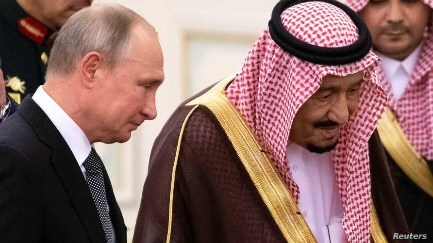 الملك سلمان مستقبلا بوتين
