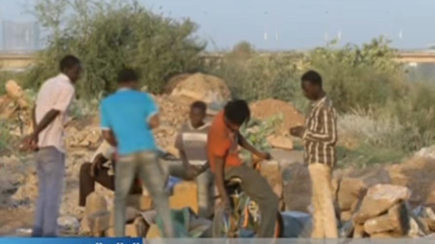 شبان مشردون في السودان