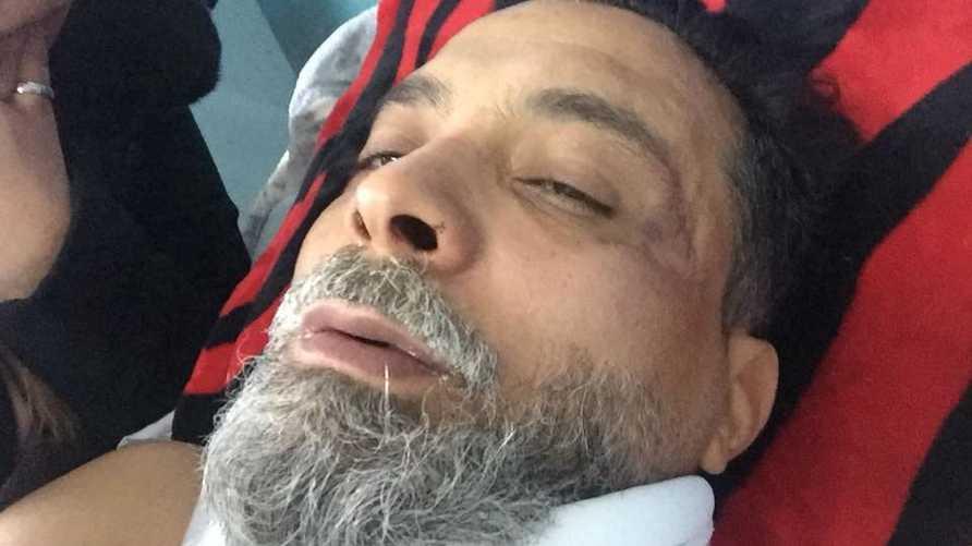 يونس قنديل بعد العثور عليه وقد تعرض للتعذيب_ الصورة نشرتها مؤسسة مؤمنون بلا حدود