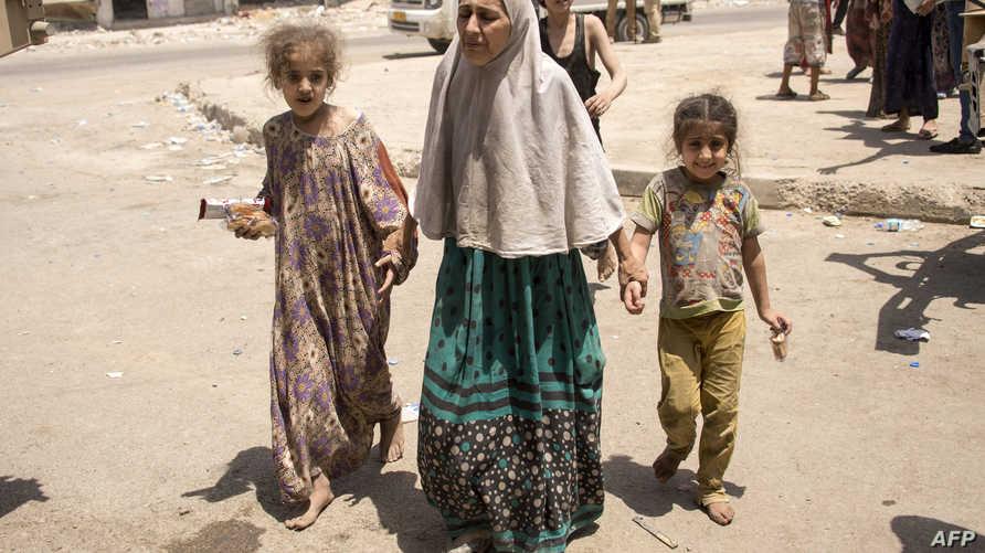 عائلات فرت من الموصل تتجمع في المنطقة الصناعية (8 تموز/يوليو 2017)