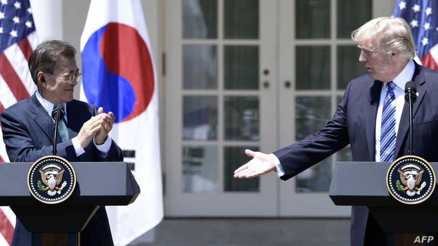 ترامب مع نظيره الكوري الجنوبي مون جاي-إن