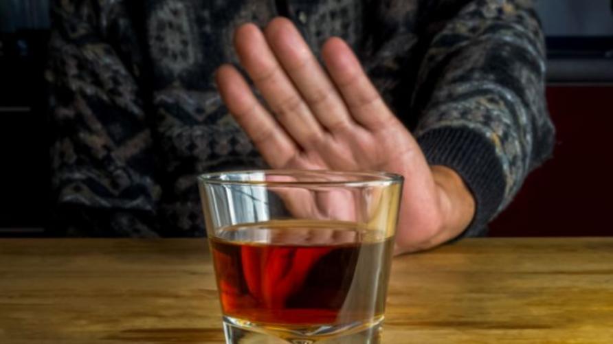رجل يعاني من نوبات سكر دون احتساء أي خمر