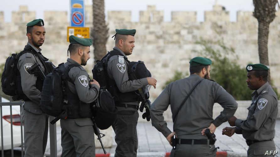 عناصر من الشرطة الإسرائيلية في القدس القديمة